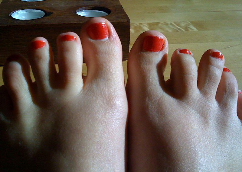 Red Toe Nails